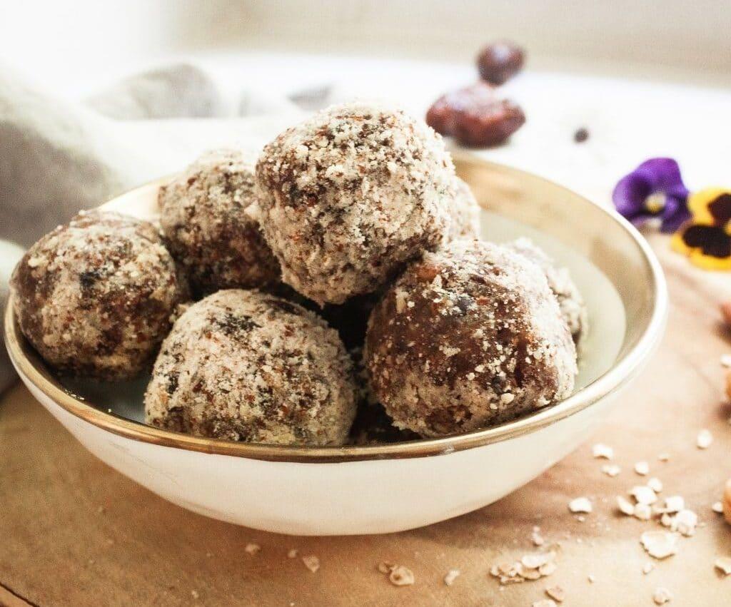 Almond Berry Omega-3 Energy Balls